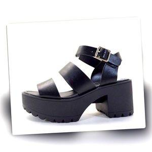 Soda Black Chunky Lug Sole Trend Platform Sandal